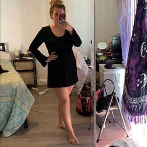 Black Long Sleeve Dress from buttons | Size M